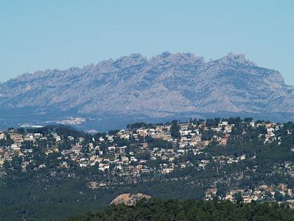 Vistes de la vessant sud-ponentina de Montserrat