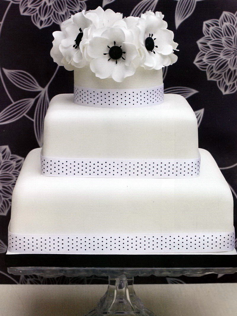 Fresh Cream Wedding Cakes London