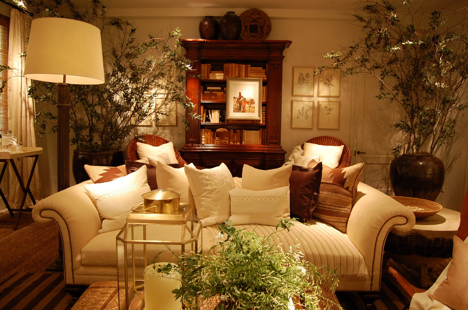 Marein polo ralph lauren home store factory outlets for Ralph lauren living room designs