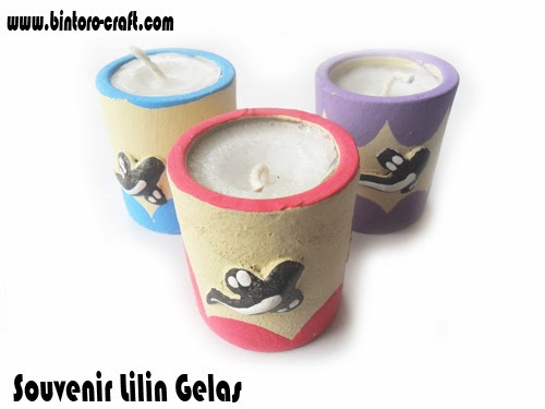 Souvenir Lilin Gelas