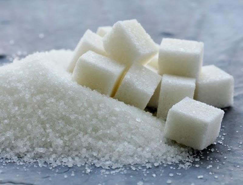 Médicos comparam açúcar a tabaco e pedem redução de 30% nos alimentos