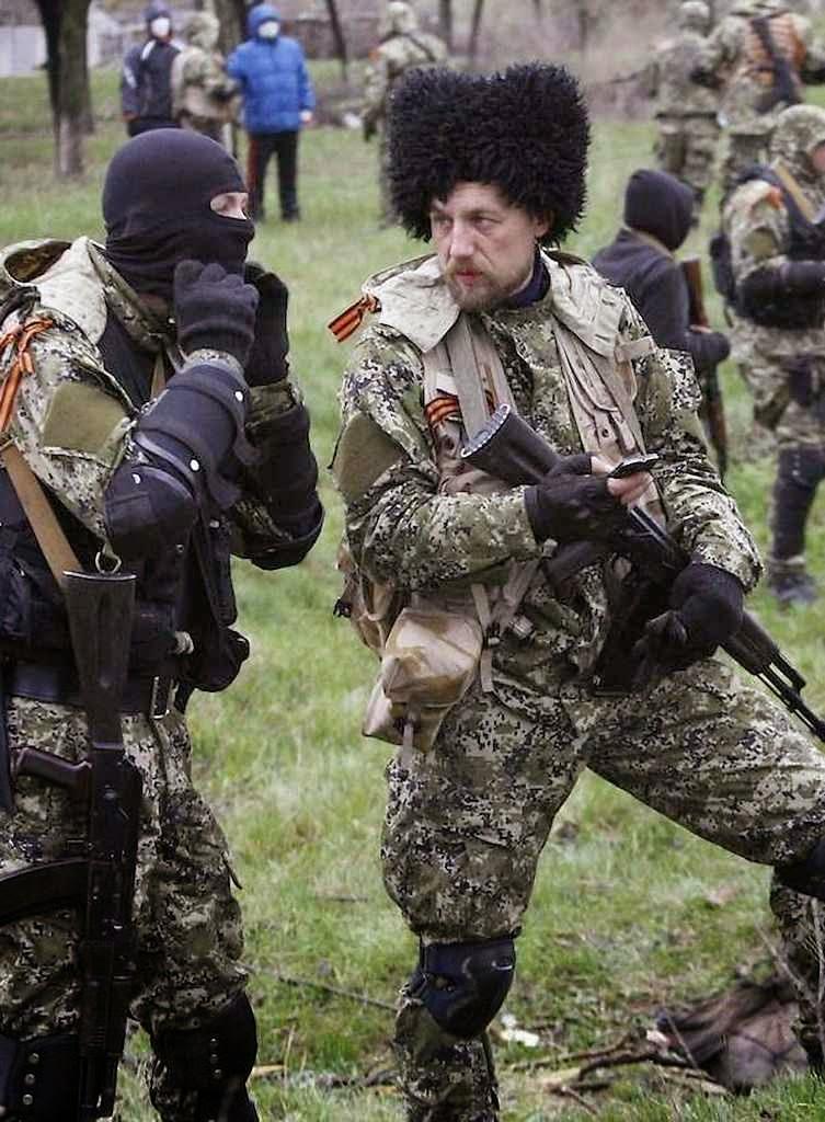 Milicianos estrangeiros lutam com a consciencia pesada. Foto: Evgeny 'Dingo' Ponomarev, ruso de Belorechensk, chefe mercenário.