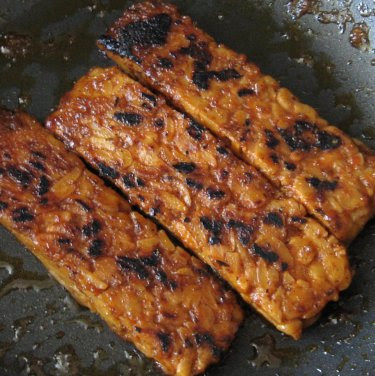 searing marinated tempeh