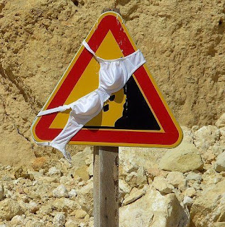 smešni znakovi: Brushalter na saobraćajnom znaku