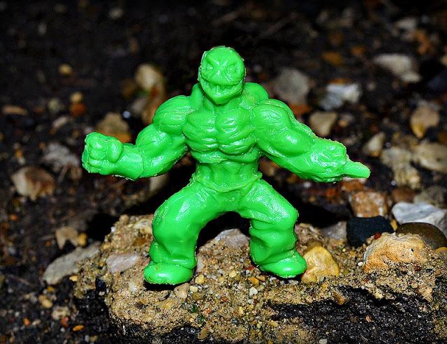 GARBAGE PAIL KIDS MINIKINS U PICK #1-26 COMPLETE YOUR SET BLUE RED GREEN YELLOW