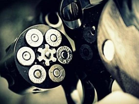 Προσοχή! Ο ΔΟΛ οπλοφορεί! Του Γιώργου Ανανδρανιστάκη