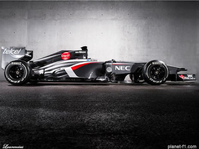 F1-Sauber-C32-launch-2013_2
