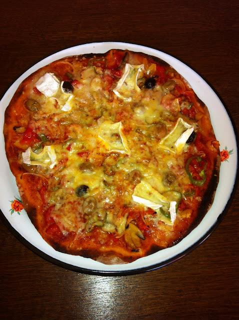 resimli pizza tarifi,degisik pizza tarifleri
