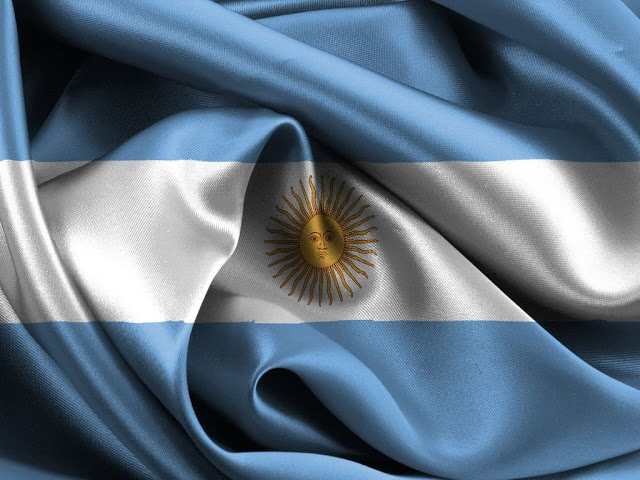 http://1.bp.blogspot.com/--ptMRiLhI3Q/T0hCJFYl70I/AAAAAAAABUM/UrckMTN2eUU/s1600/bandera+argentina+-rdaestudio.blogspot.com.jpg