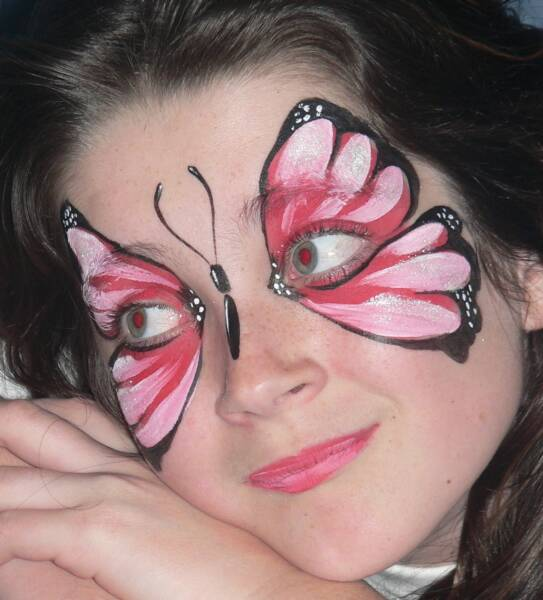 My arts zone tips face painting with butterfly designs - Maquillage simple enfant ...