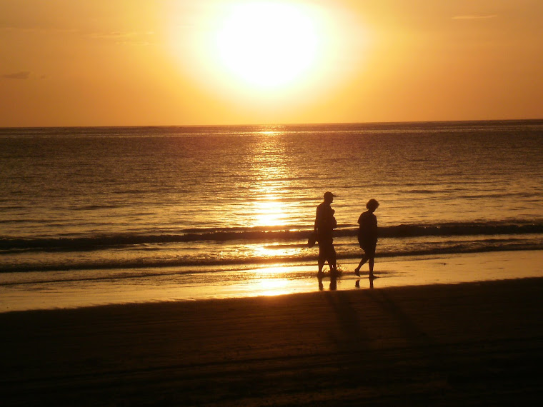 romantic sunset at seashore - photo #16