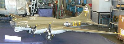 Aeromodel del quadrimotor Boeing B-17