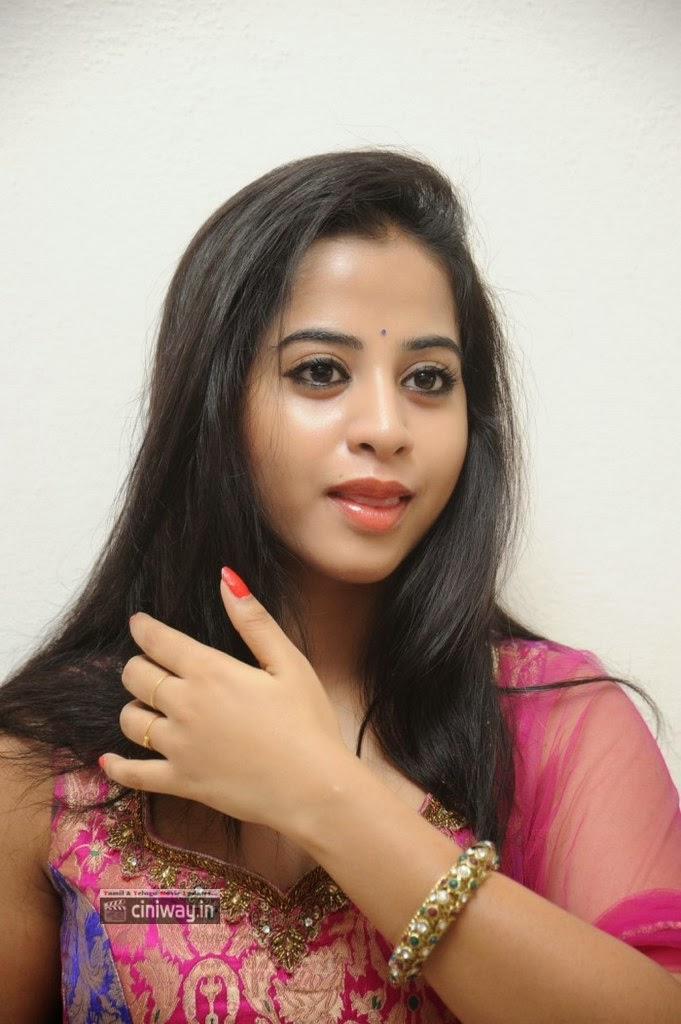 Actress-Swati-Dixit-Stills-at-Ladies-and-Gentleman-Promo-Song-Launch