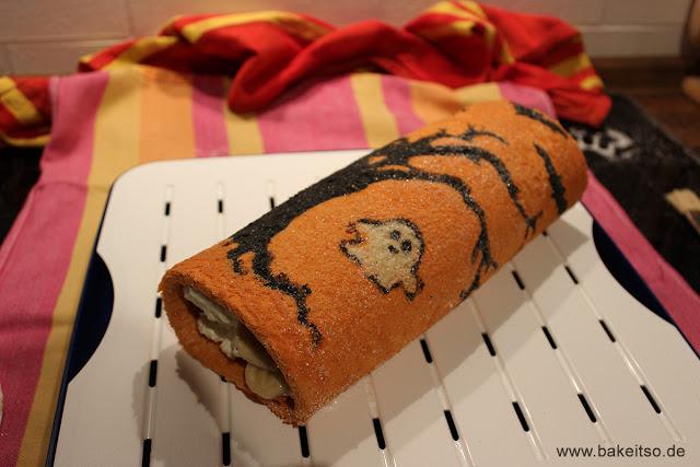 Halloween Biskuitrolle - Decorated Cake Roll - Dekoriert
