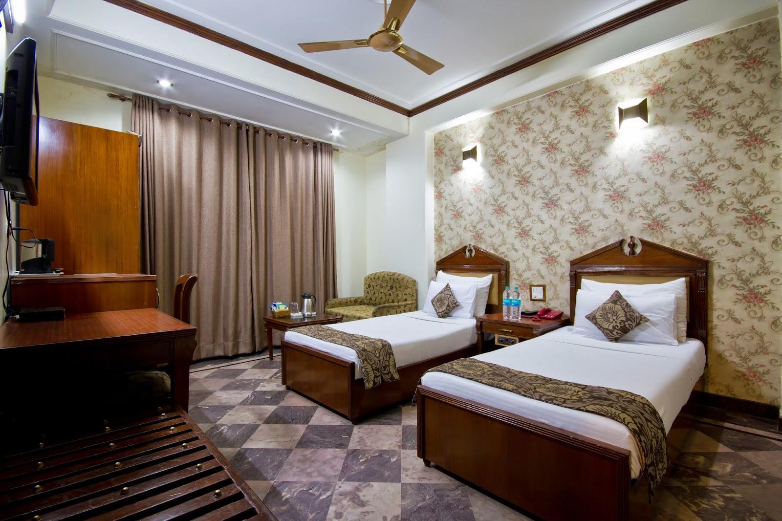 5-stjerners hotell fasiliteter i Delhi