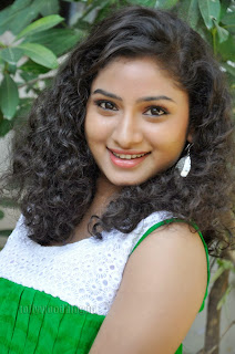 Vishnu Priya cute Pictures gallery 014.jpg