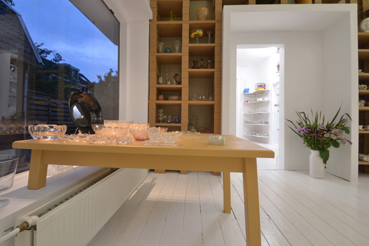 raumblog f r innenarchitektur architektur design projekte wohnen shops office secondhand. Black Bedroom Furniture Sets. Home Design Ideas