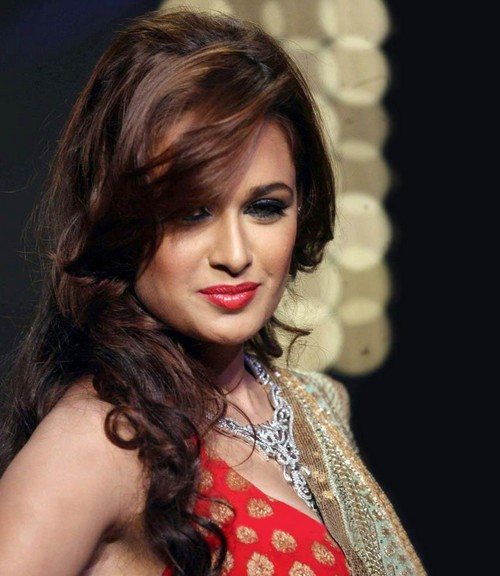 1 - Yuvika Chaudhary Face close up pics