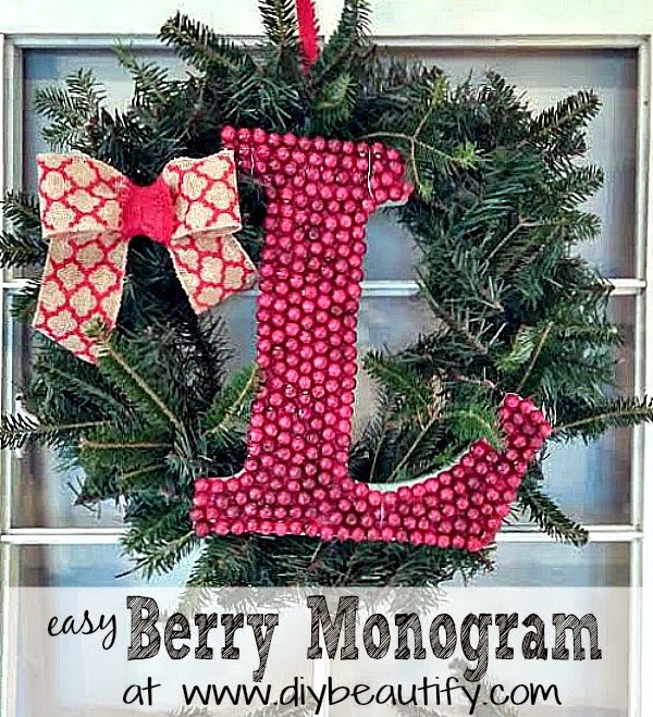 how-to-make-berry-monogram-wreath
