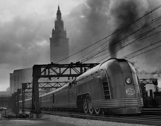 Just A Car Guy: great images from National Geographics ... Henry Dreyfuss Train