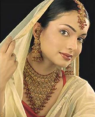 amina haq amna haq pakistani tv s photo gallery