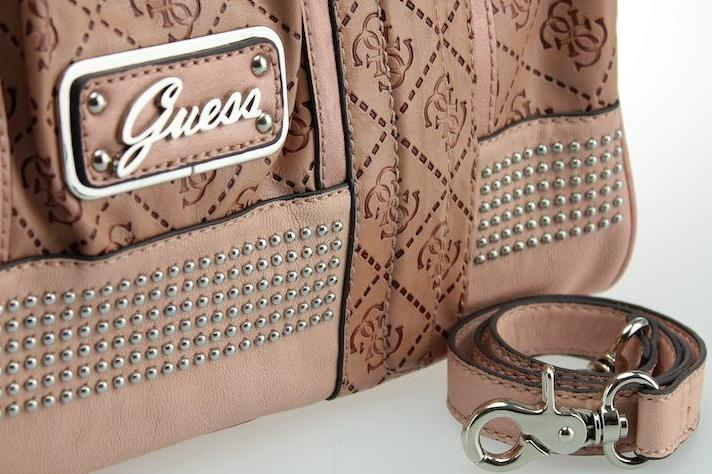 Guess Handbags New Collection 2012