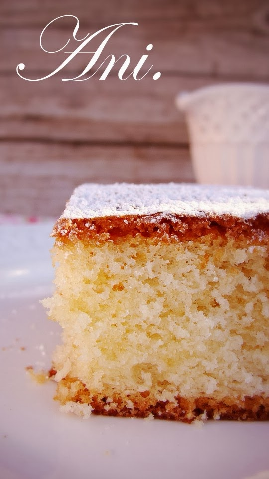 La cocina de ani bizcocho esponjoso de yogurt de lim n for Bizcocho limon esponjoso