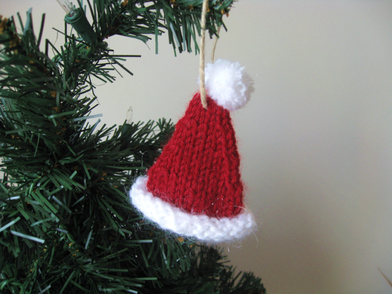 Knitted Christmas Tree Hat Pattern : Family Crafts and Recipes: Knitted Christmas Ornaments- Free Pattern Included