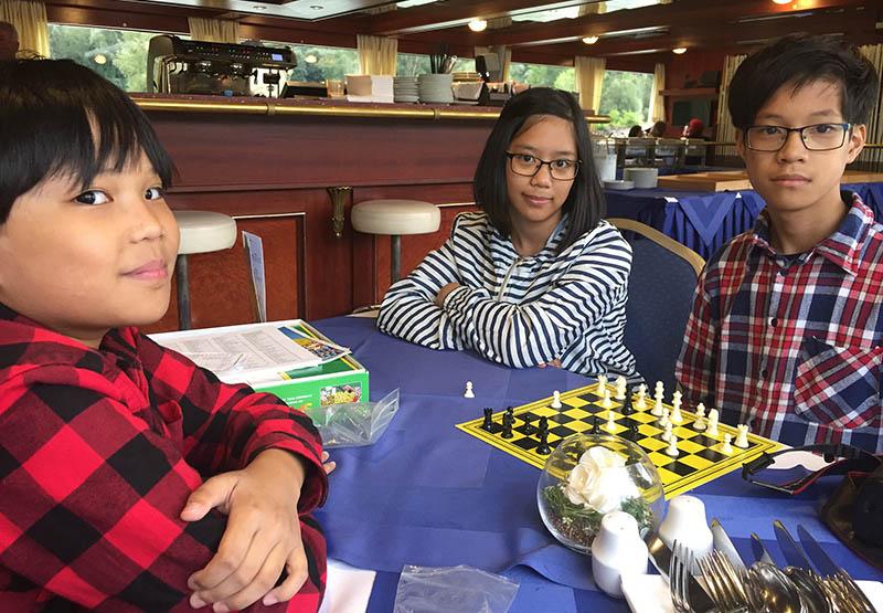 Die perfekte Kreuzfahrt für die Familie, Schach
