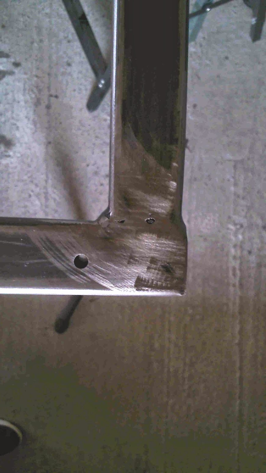 Marvelous tarif tube carre acier 12 cadre max min for Piscine acier carre