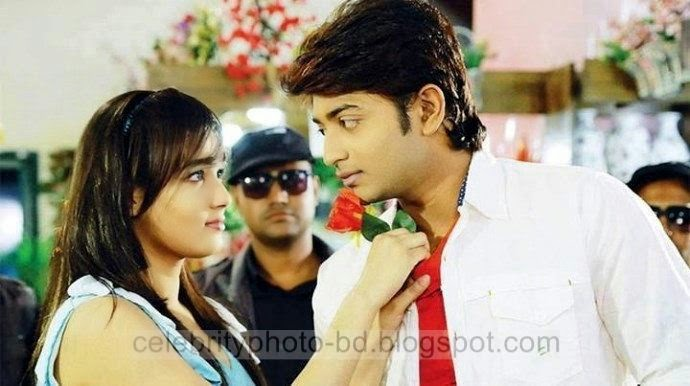 Mahiya+Mahi+and+Bappy+Chowdhury's+Some+Romantice+Hot+Photos+Latest+Collection+From+Bangla+Movie+Honeymoon+(2014)010