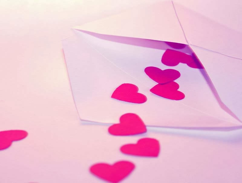 mood-macro-letter-love-pink-hearts-wallpapers