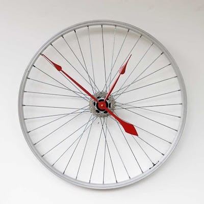 28 Unusual And Creative Clocks