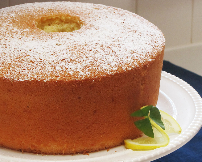 The Great Cake Company: Fat Tuesdays: Lemon Chiffon Cake