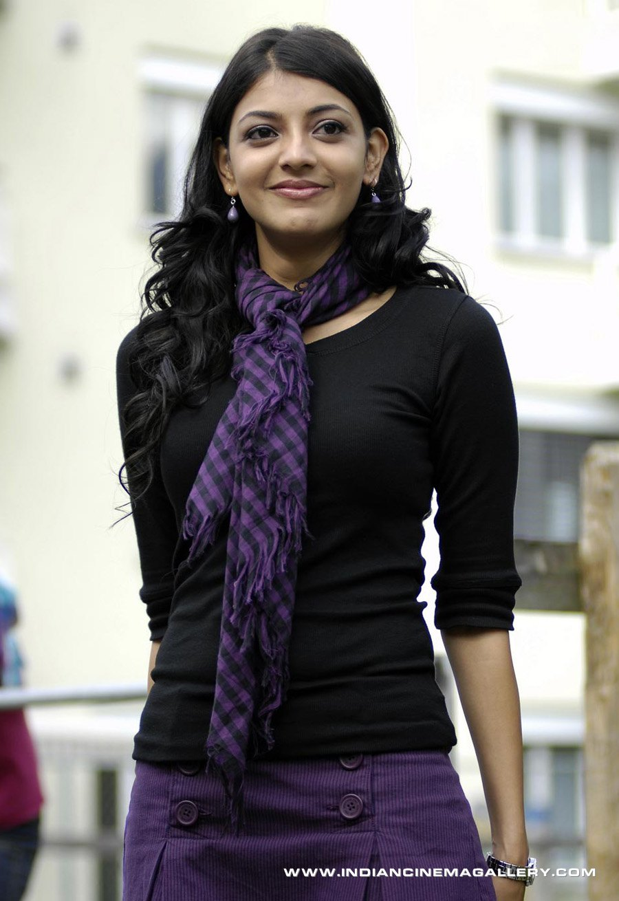 view your favorite actress: panchadara bomma kajal agrawal
