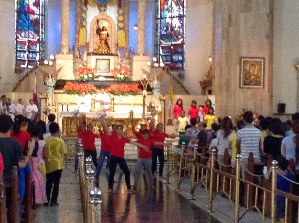 Liturgical+Dancing+at+Quiapo.jpg