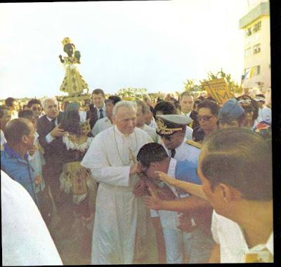4 - Pope John Paul II Visits Iloilo City (1981) - Philippine Photo Gallery