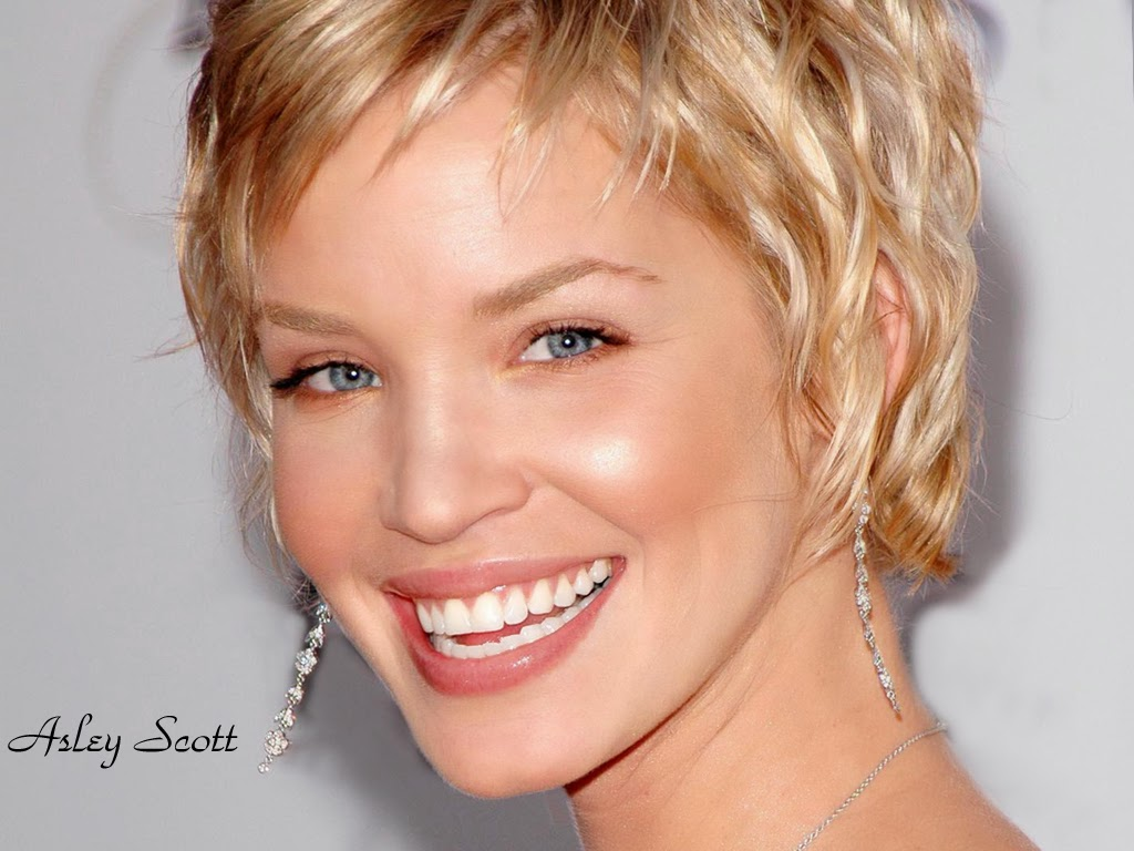 Ashley Scott Wallpapers Free Download