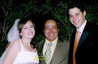 صور أحمد السعدني وزوجته ومعهما والده الفنان صلاح السعدني
