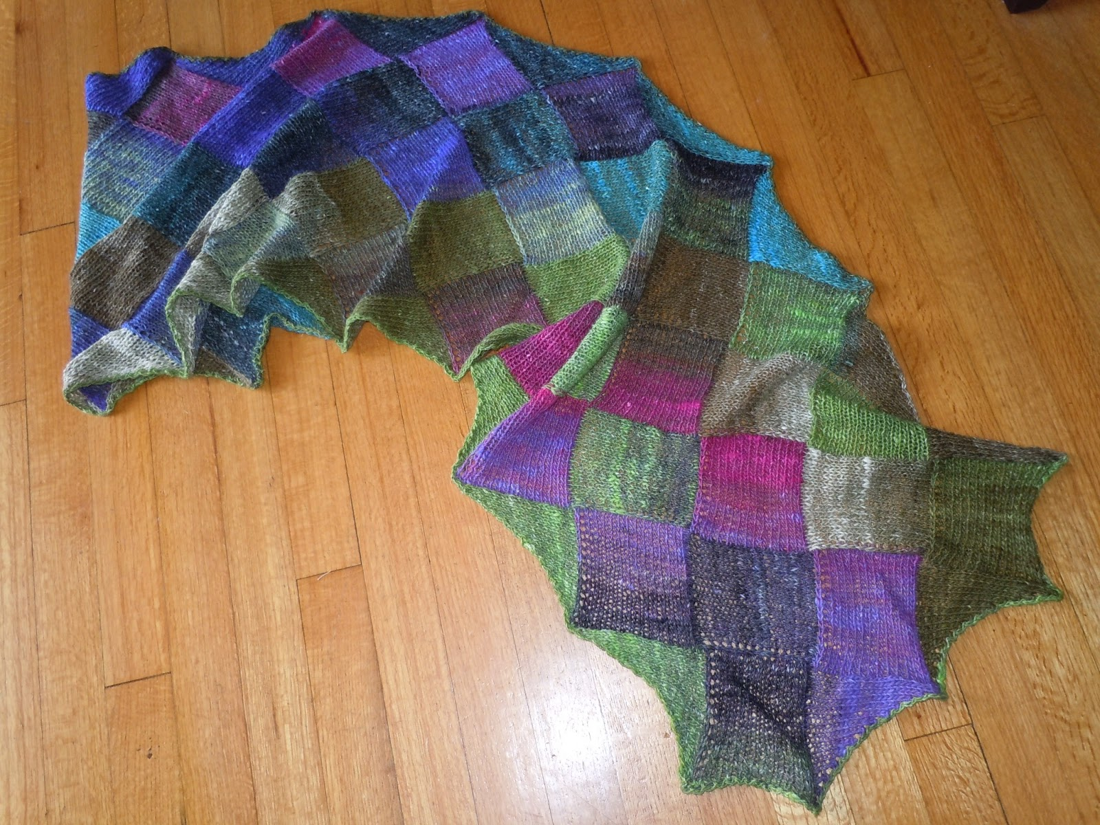 yarn art color garden : This Is The Plain Version Using Noro Silk Garden Sock Weight Yarn This Yarn Is A Slow Variegating Yarn And I Never Once Changed Colors