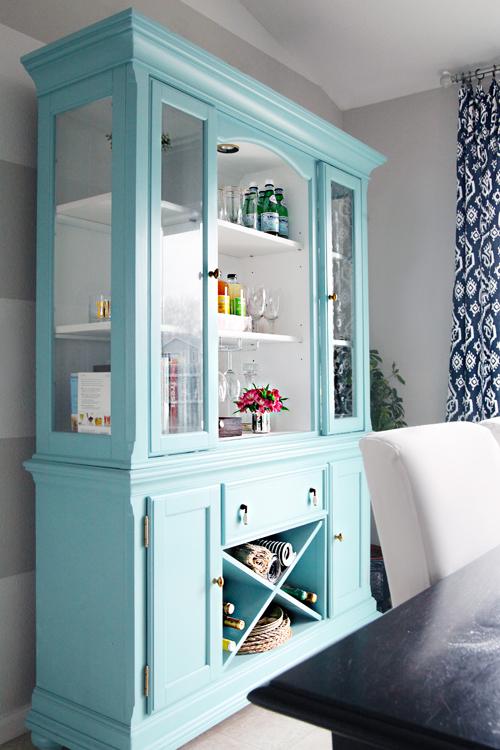 Colors: Walls   Gliddenu0027s Smooth Stone U0026 Martha Stewartu0027s Picket Fence Hutch    Sherwin Williamu0027s Reflecting Pool Projects: Painted Dining Room Hutch, ...
