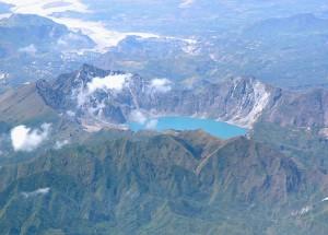 Gunung+Finatubo,+Filipina 5 Gunung Api Spektakuler yang Wajib Dikunjungi