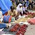 Halaman Parkir Pasar Tambaruni Jadi Pasar Buah Durian dan Rambutan