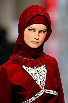 Moeslim fashion 2013 710102 Koleksi gambar busana muslim terbaru 2013