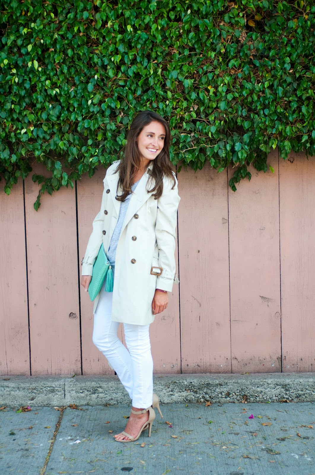 fall-fashion-white-jeans