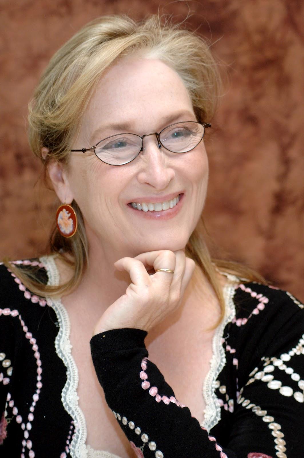 http://1.bp.blogspot.com/--uUrLXJfAco/T6V6f2nEW3I/AAAAAAAAEWY/-EIv-vkNpnY/s1600/Meryl+Streep.jpg