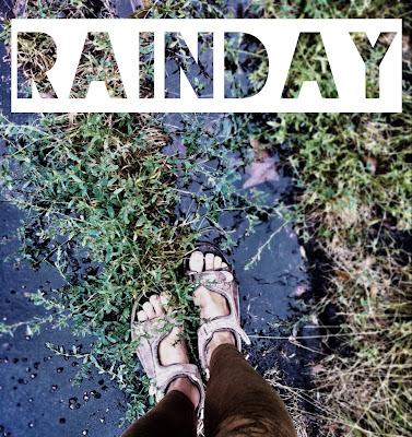 regn, sandaler, vattenpöl