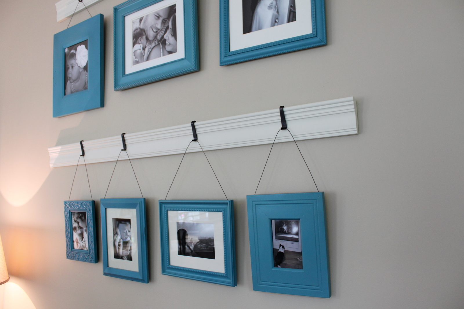 Tart house for Hanging picture frames ideas
