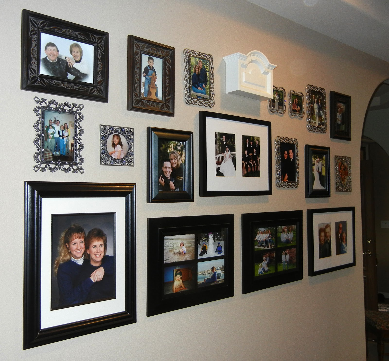 Photo Display Ideas: Pam Snider's Photo Walls