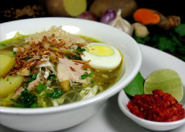 Soto Ayam Marissa Haque & Ikang Fawzi